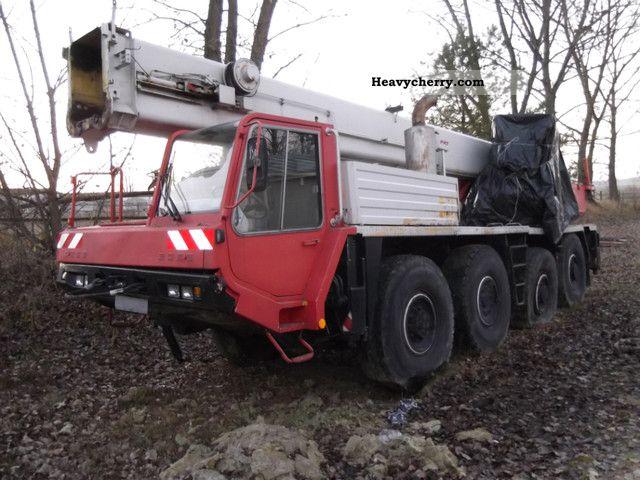 1990 Faun  RTF 50 Truck over 7.5t Truck-mounted crane photo