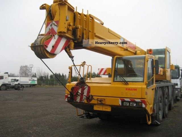 1993 Faun  RTF 40-3 6x6x6 Truck over 7.5t Truck-mounted crane photo
