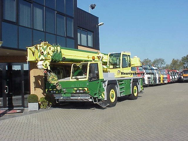 2003 Faun  ATF 30-2L AUTO CRANE AVAILABLE 2X 35 TONNER Truck over 7.5t Truck-mounted crane photo