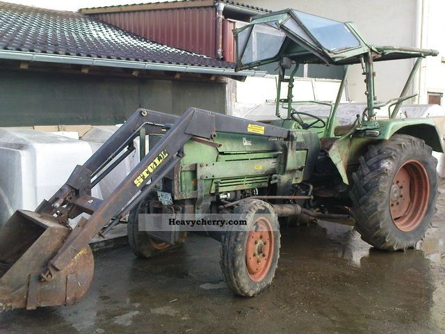 1971 Fendt  Farmer 3S Agricultural vehicle Tractor photo