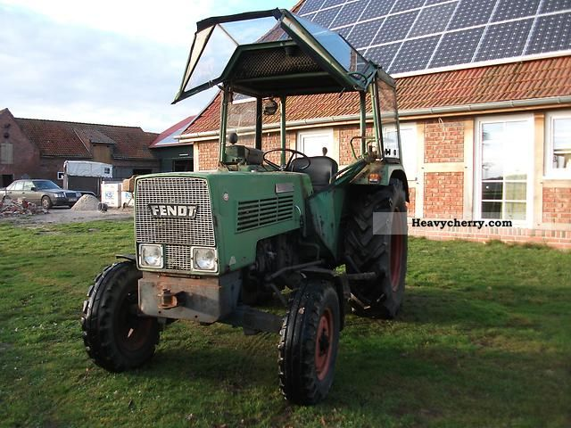 1971 Fendt  103S Agricultural vehicle Tractor photo