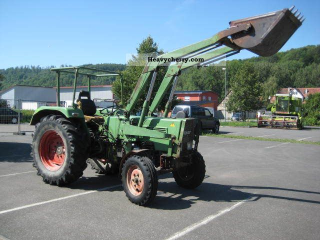 1974 Fendt  104 S, FL servo Tüv Agricultural vehicle Tractor photo