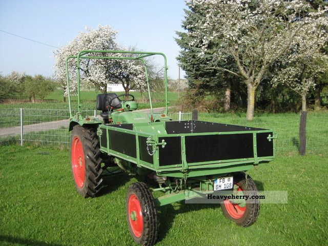 1962 Fendt  F 225 GT equipment support Agricultural vehicle Tractor photo