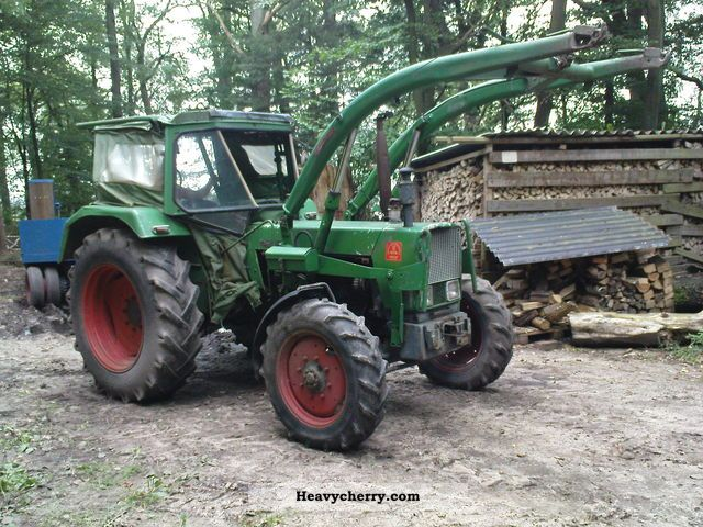 1971 Fendt  105 S / FW 268 Agricultural vehicle Tractor photo