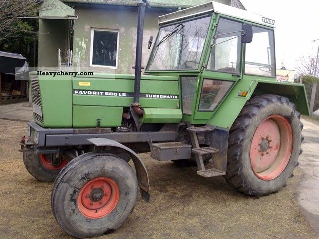 1981 Fendt  Favorit 600 LS - FW 280 Agricultural vehicle Other agricultural vehicles photo