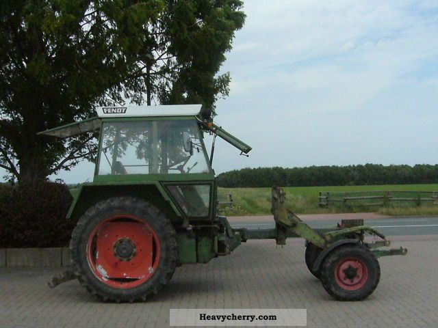 1977 Fendt  250 / 255 GT S LOADER! Agricultural vehicle Tractor photo
