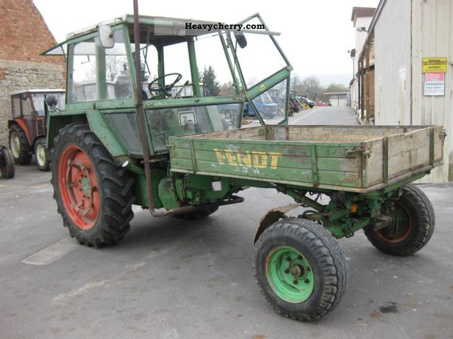 1978 Fendt  275 GTS Agricultural vehicle Tractor photo