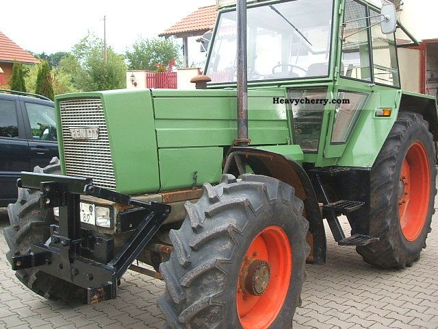 1978 Fendt  610 LS Agricultural vehicle Tractor photo