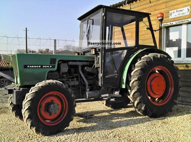1985 Fendt  204 P Agricultural vehicle Tractor photo