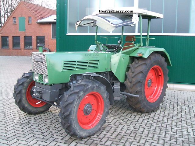 1978 Fendt  106-s-wheel Agricultural vehicle Tractor photo