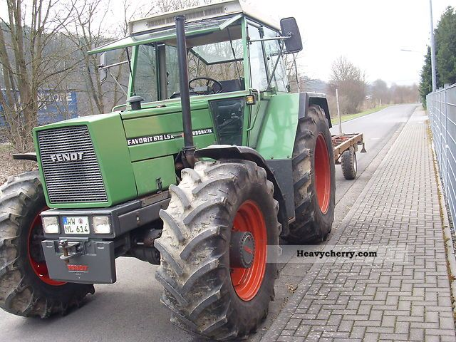 1985 Fendt  612 LSA Agricultural vehicle Tractor photo
