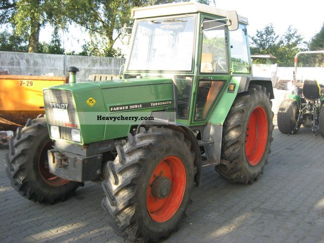1984 Fendt  309 LSA Tractor / Tractor Agricultural vehicle Tractor photo