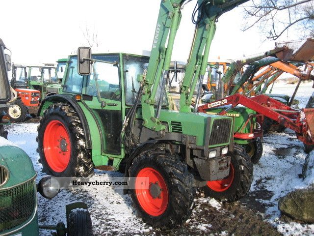 1995 Fendt  260 SA Agricultural vehicle Tractor photo
