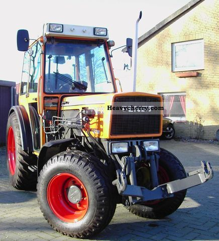 1995 Fendt  250K Agricultural vehicle Tractor photo