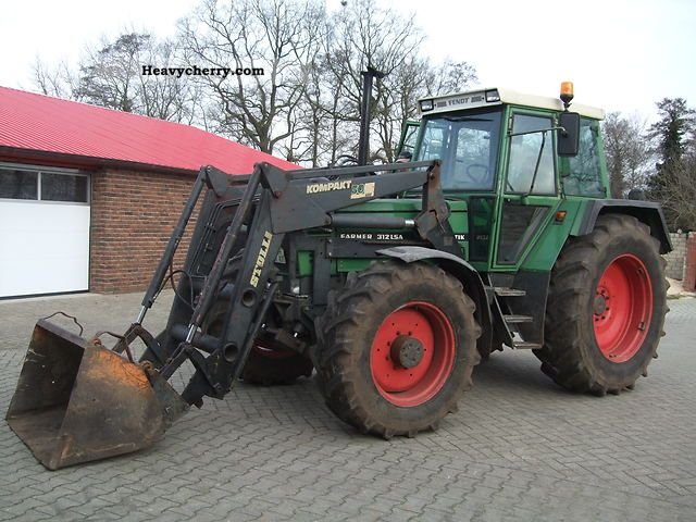 1992 Fendt  312 LSA Agricultural vehicle Tractor photo