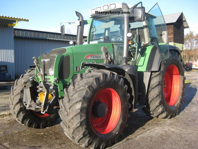 2009 Fendt  718 Vario Agricultural vehicle Tractor photo