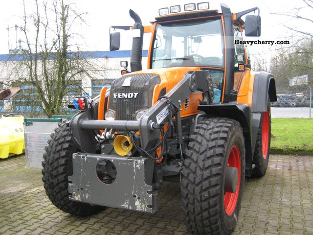 2010 Fendt  Local 718 Vario Agricultural vehicle Tractor photo