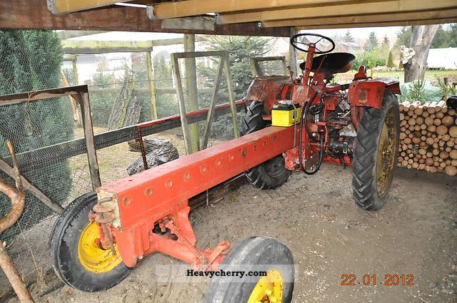 2011 Fortschritt  RS09 Agricultural vehicle Tractor photo