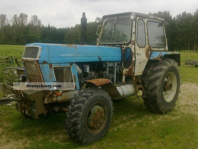 1980 Fortschritt  ZT 303 Agricultural vehicle Tractor photo