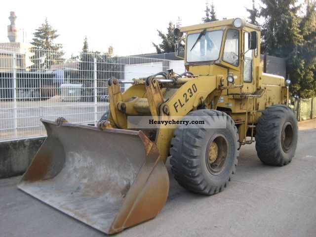 1990 Furukawa  FL 230 wheel loader bucket ** ** 3qm Construction machine Wheeled loader photo
