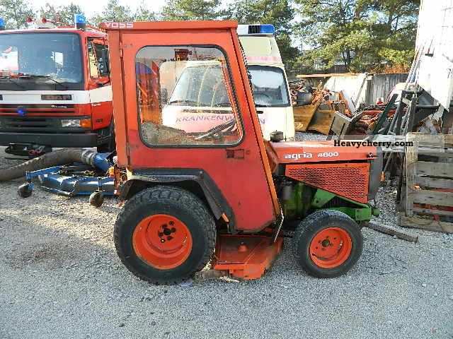 1984 Gutbrod  Agria 4800 D cab mower engine failure Agricultural vehicle Tractor photo