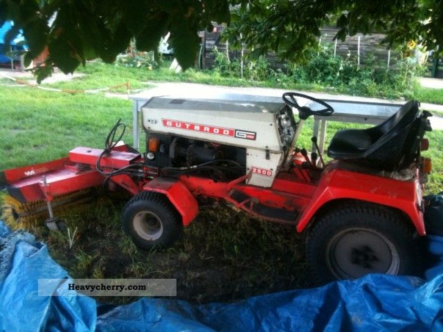 1980 Gutbrod  2500 4X2 Compact Tractor winter service vehicle papers Agricultural vehicle Tractor photo