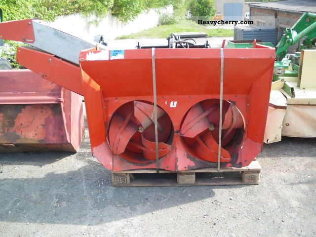 2011 Hako  Snowthrower Agricultural vehicle Other substructures photo