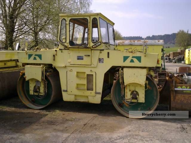 1990 Hamm  DV 10.22C ROLLER 10T Construction machine Rollers photo
