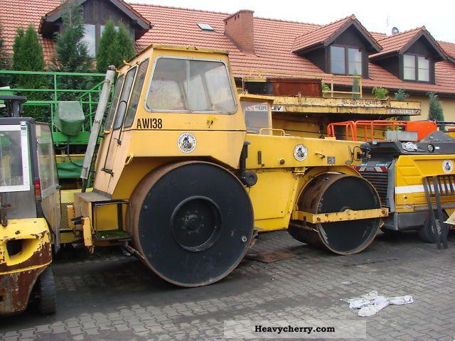 1983 Hamm  DW 90/80 Construction machine Rollers photo