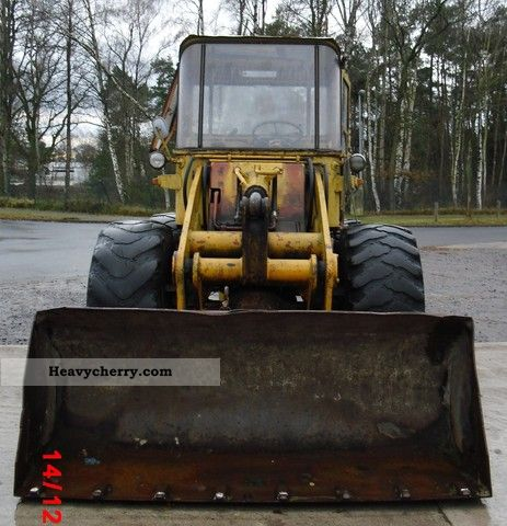 1968 Hanomag  B8 Construction machine Wheeled loader photo