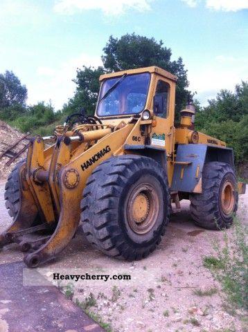 2011 Hanomag  C 66 Construction machine Wheeled loader photo