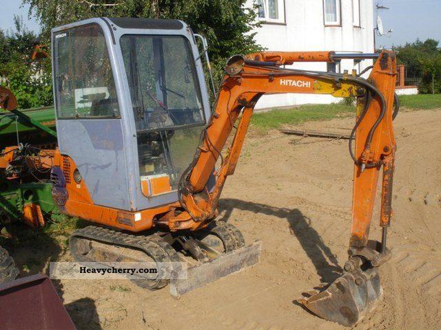 2011 Hitachi  EX15 Construction machine Mini/Kompact-digger photo