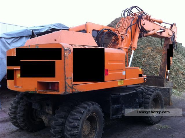 1993 Hitachi  FH 150 W Construction machine Mobile digger photo