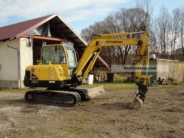 2005 Hitachi  Robin 55 / 7 Construction machine Caterpillar digger photo