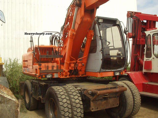 2000 Hitachi  EX 165 W Construction machine Mobile digger photo