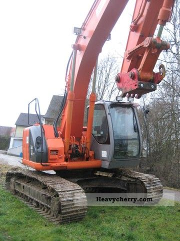 2004 Hitachi  225 USR Construction machine Caterpillar digger photo