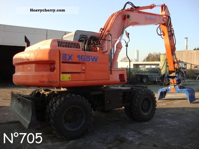 2003 Hitachi  EX 165W Construction machine Mobile digger photo