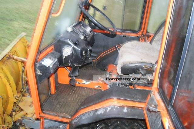 Holder C 500 1988 Agricultural Tractor Photo And Specs