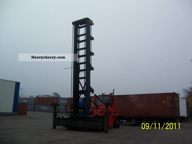 2005 Hyster  18.00-12EC Forklift truck Container forklift truck photo