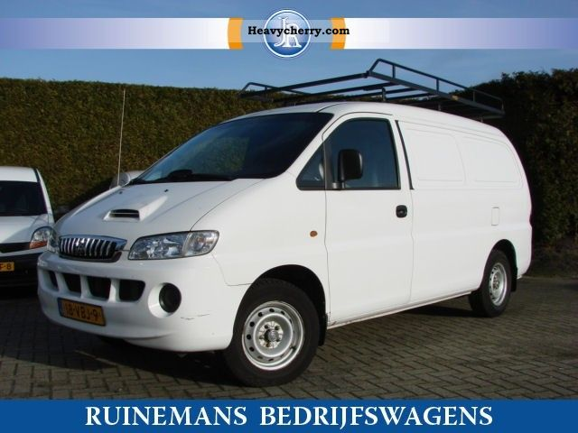 2006 Hyundai  H 200 2.5 100 PK TCI L2H1 55 397 KM Van or truck up to 7.5t Box-type delivery van photo
