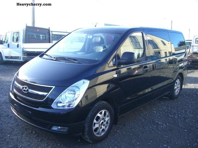2009 Hyundai  H 1 2.5 TDI FULL OPTIONS! Van or truck up to 7.5t Box-type delivery van photo