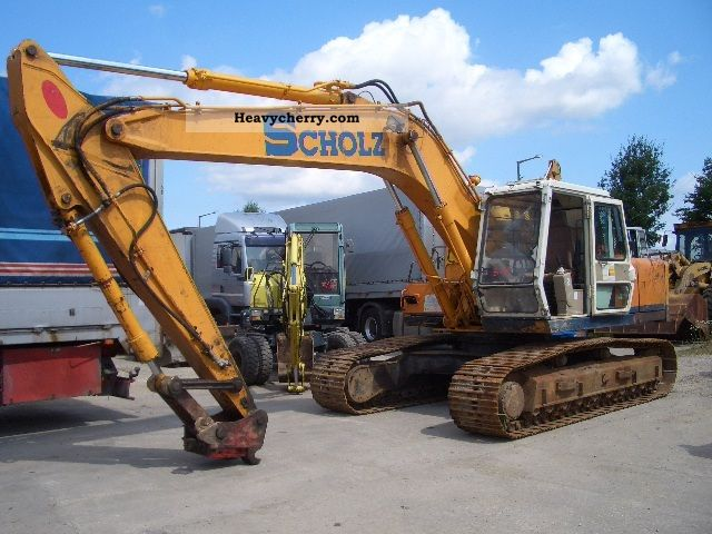 1995 Hyundai  210 LC Construction machine Caterpillar digger photo