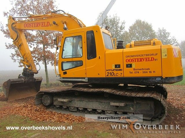 2006 Hyundai  210LC-7 Construction machine Caterpillar digger photo