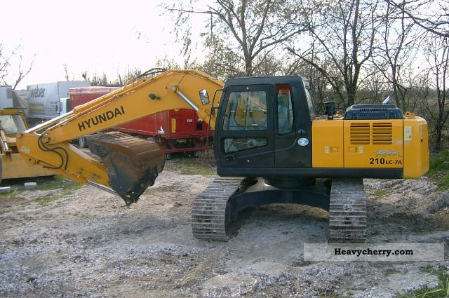 2008 Hyundai  ROBEX 210 LC-7A Construction machine Caterpillar digger photo
