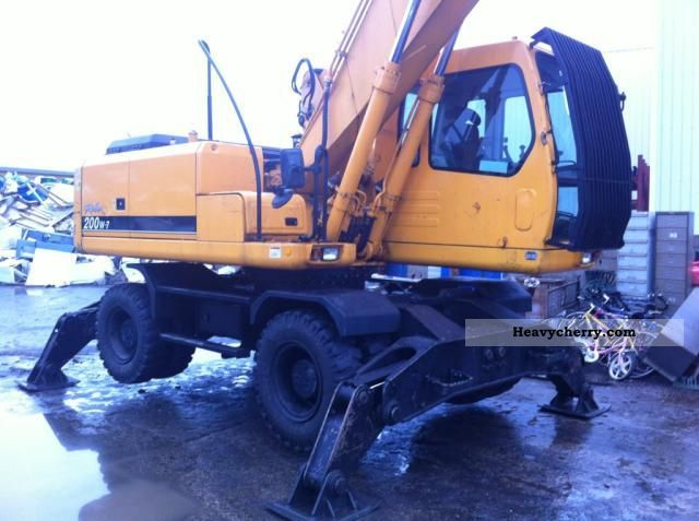 2006 Hyundai  200w7 Construction machine Mobile digger photo
