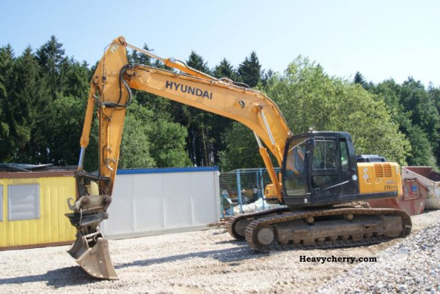 2008 Hyundai  210 LC-7A Robex Construction machine Caterpillar digger photo