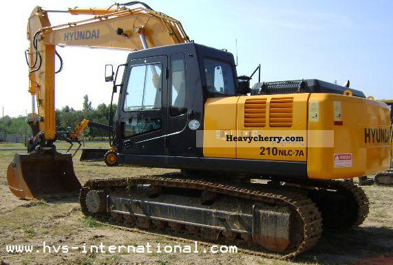 2010 Hyundai  210 NLC-7 A Construction machine Caterpillar digger photo