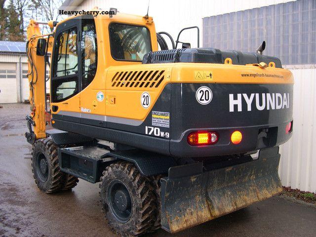 2011 Hyundai  170W R-9 Construction machine Mobile digger photo