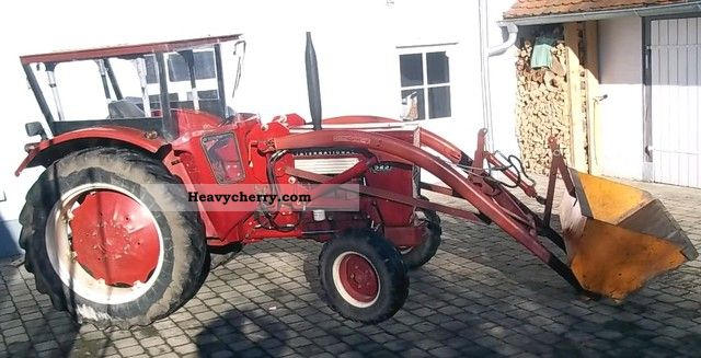 1968 IHC  523 Agricultural vehicle Tractor photo