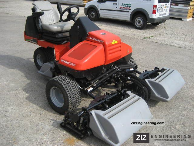 Jacobsen Tri-King 1900 D 2007 Agricultural Mulcher Photo and Specs